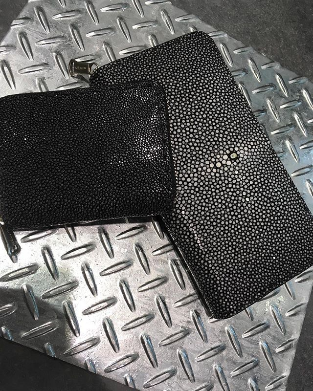 New ArrivalStingray leather wallet and coin case#stingray #wallet #gardesnled #coincase #leatherwallet #sacsbar #gransacs #桶川 #ベニバナウォーク #サックスバー #instagood #instalike