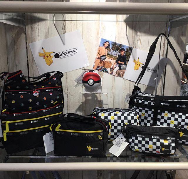 『Pokémon & LeSportsac』入荷いたしました️今回のレスポートサックの新作はなんとポケモンとのコラボです️さりげなくピカチュウをあしらったデザインから、本物そっくりなモンスターボールのポーチまで、多数入荷しております。是非店頭にてご覧ください️ #洛北阪急スクエア #gransacs #グランサックス #sacsbar #lesportsac #pokemon #ピカチュウ